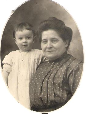 Olwyn and GGma Alice Pohe 001